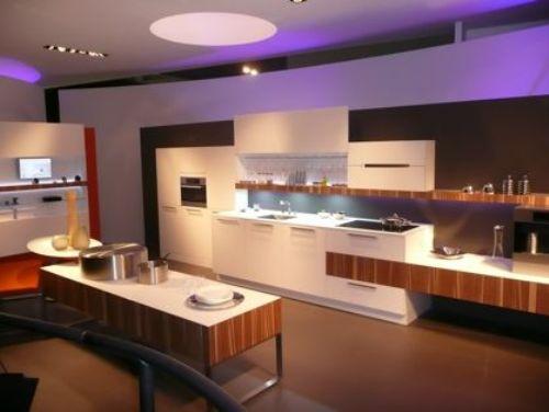 Keuken Hoogglans Wit Met Hout : In een gewone wit hoogglans keuken kun je natuurlijk ook houten